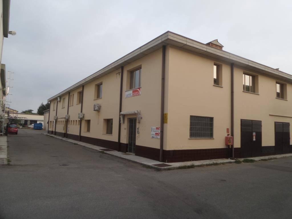 Capannone in vendita a Campogalliano, 6 locali, prezzo € 449.000 | CambioCasa.it