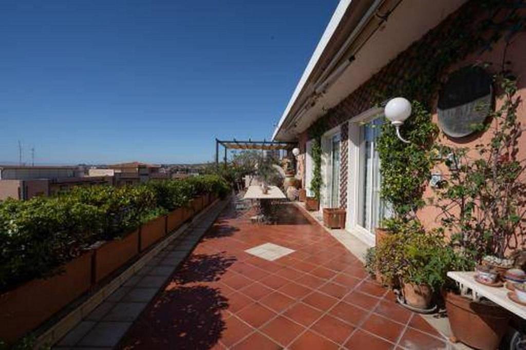 Appartamento in vendita a Catania, 7 locali, prezzo € 680.000 | PortaleAgenzieImmobiliari.it
