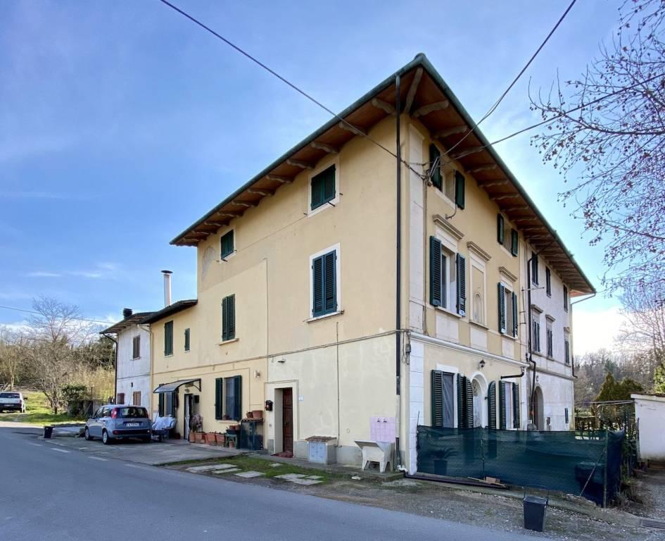 Appartamento in Vendita a Fucecchio Semicentro: 4 locali, 150 mq