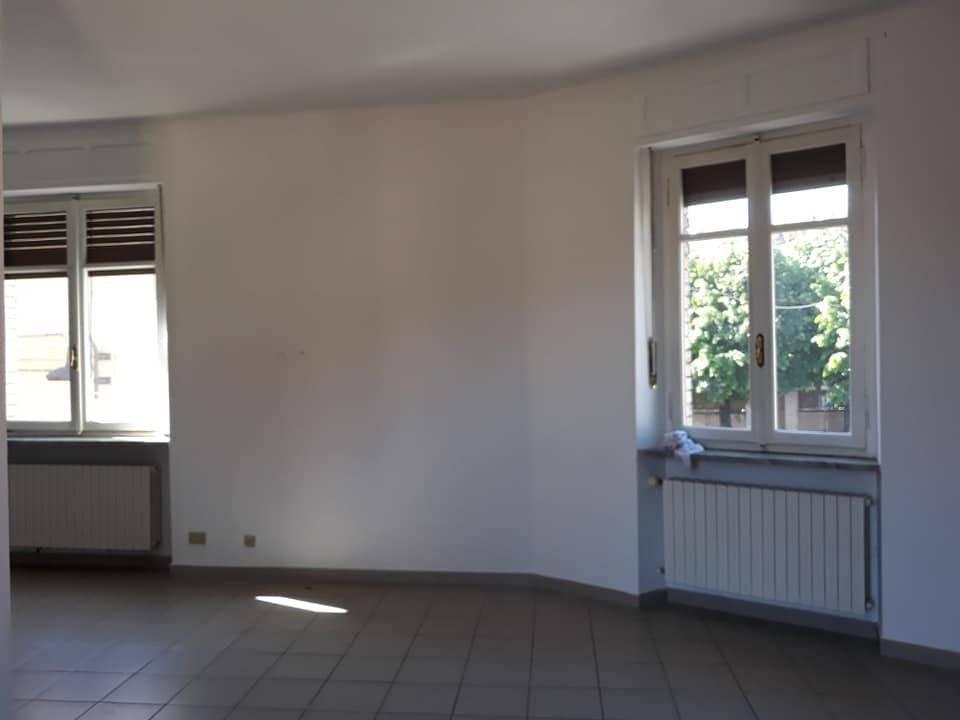 Appartamento in affitto a Caselle Torinese, 3 locali, prezzo € 500 | PortaleAgenzieImmobiliari.it