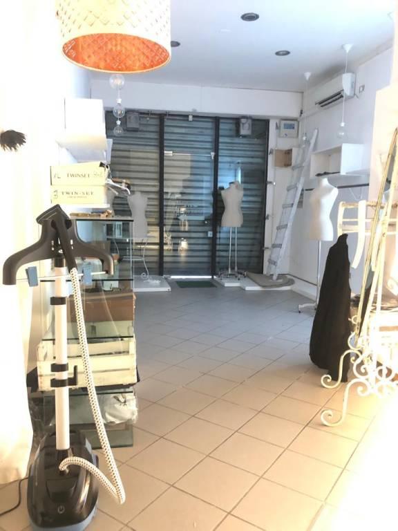 Negozio-locale in Vendita a Rimini Centro: 5 locali, 120 mq