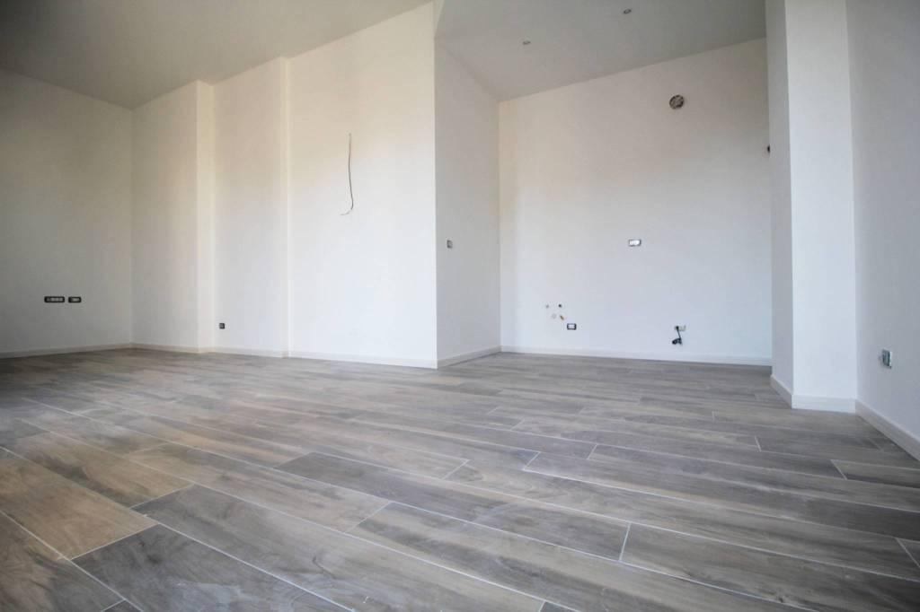 Appartamento in vendita a Parabiago, 3 locali, prezzo € 259.000 | PortaleAgenzieImmobiliari.it