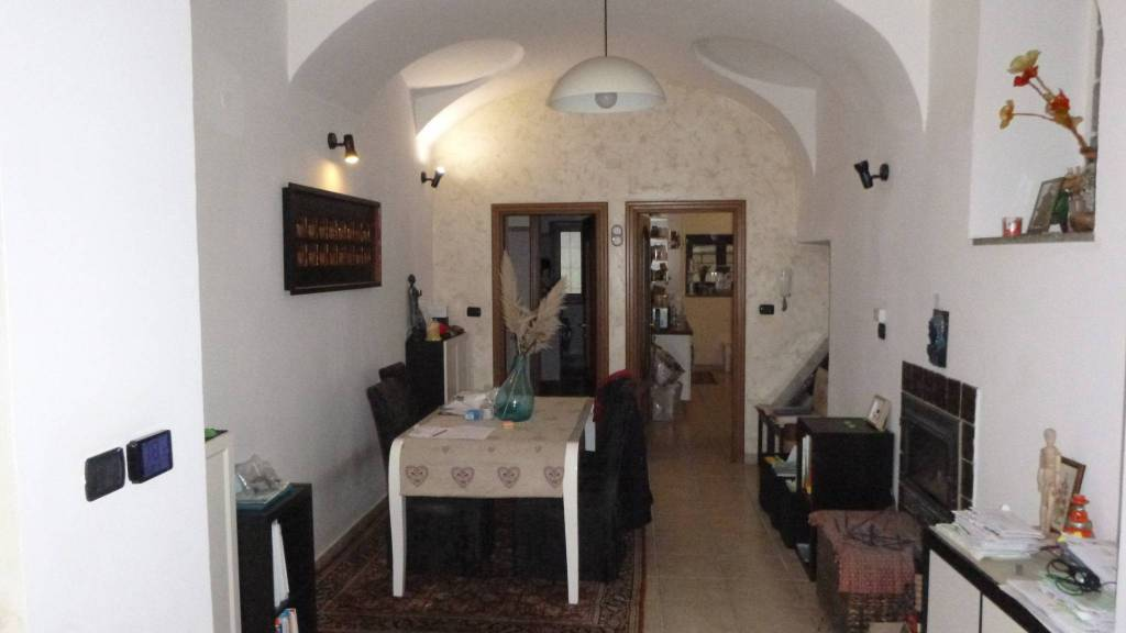 Foto 1 di Villa largo Beato Umberto 8, Avigliana