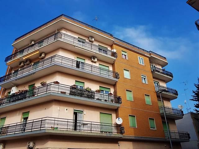 Appartamento in Vendita a Lecce: 5 locali, 120 mq
