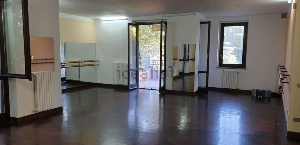 Ufficio / Studio in affitto a Peschiera Borromeo, 3 locali, prezzo € 1.000 | PortaleAgenzieImmobiliari.it