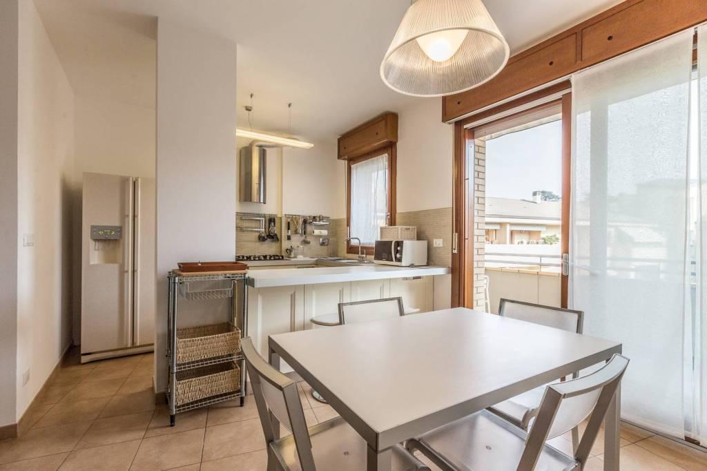 Appartamento in affitto a Zola Predosa, 3 locali, prezzo € 1.150 | CambioCasa.it