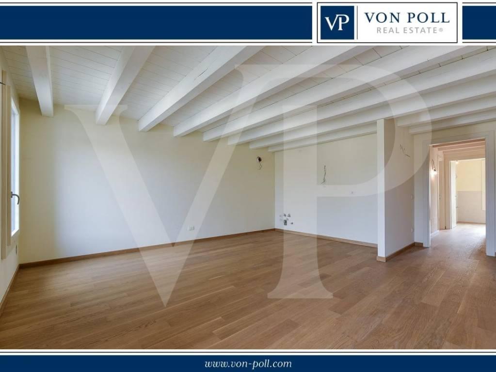 Appartamento in vendita a Vicenza, 3 locali, prezzo € 344.000 | CambioCasa.it