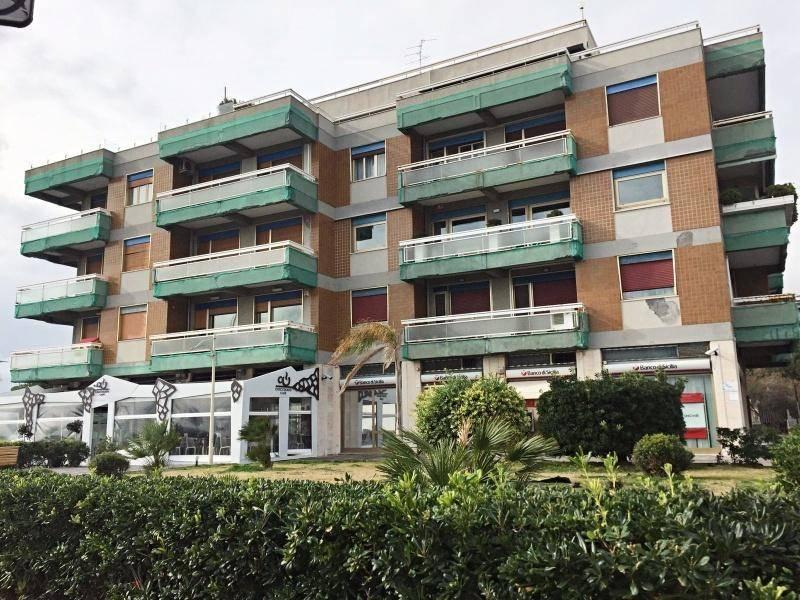 Appartamento in Vendita a Catania Semicentro Sud: 5 locali, 190 mq