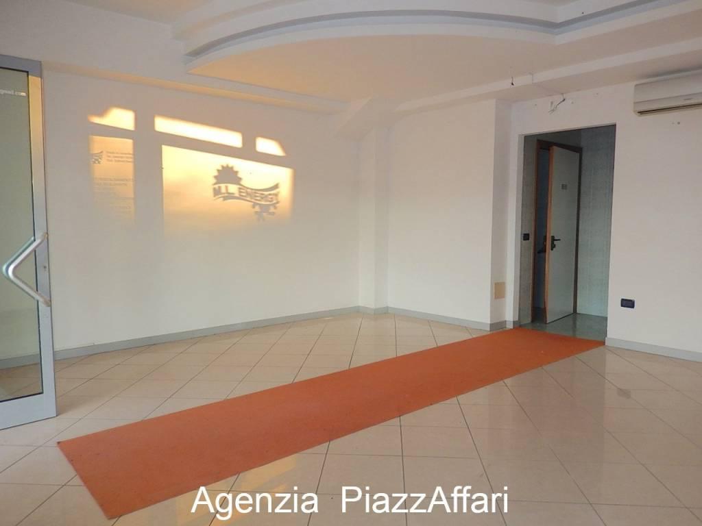 Negozio / Locale in affitto a Codevigo, 1 locali, prezzo € 400 | CambioCasa.it