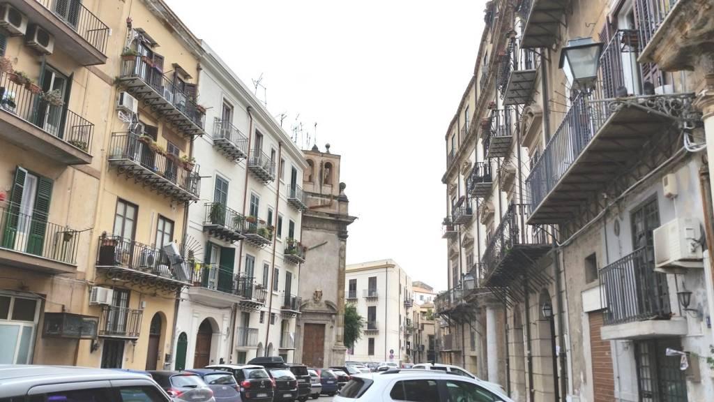 Appartamento in Affitto a Palermo Centro: 2 locali, 45 mq