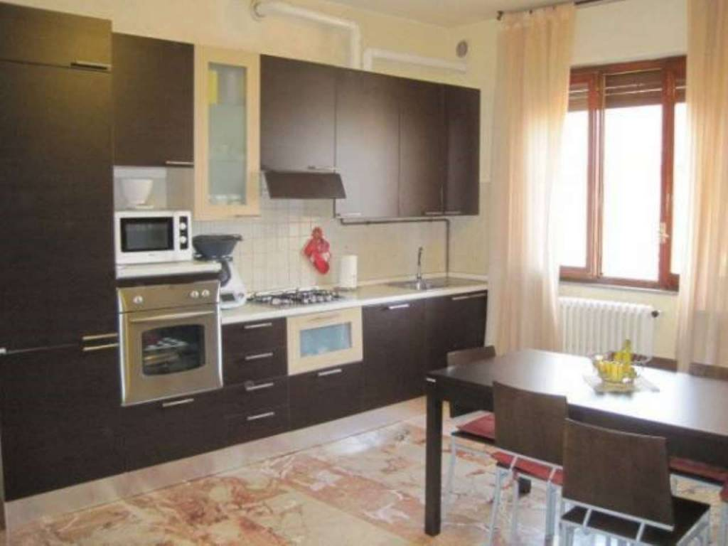 Appartamento in vendita a Bareggio, 3 locali, prezzo € 105.000 | CambioCasa.it
