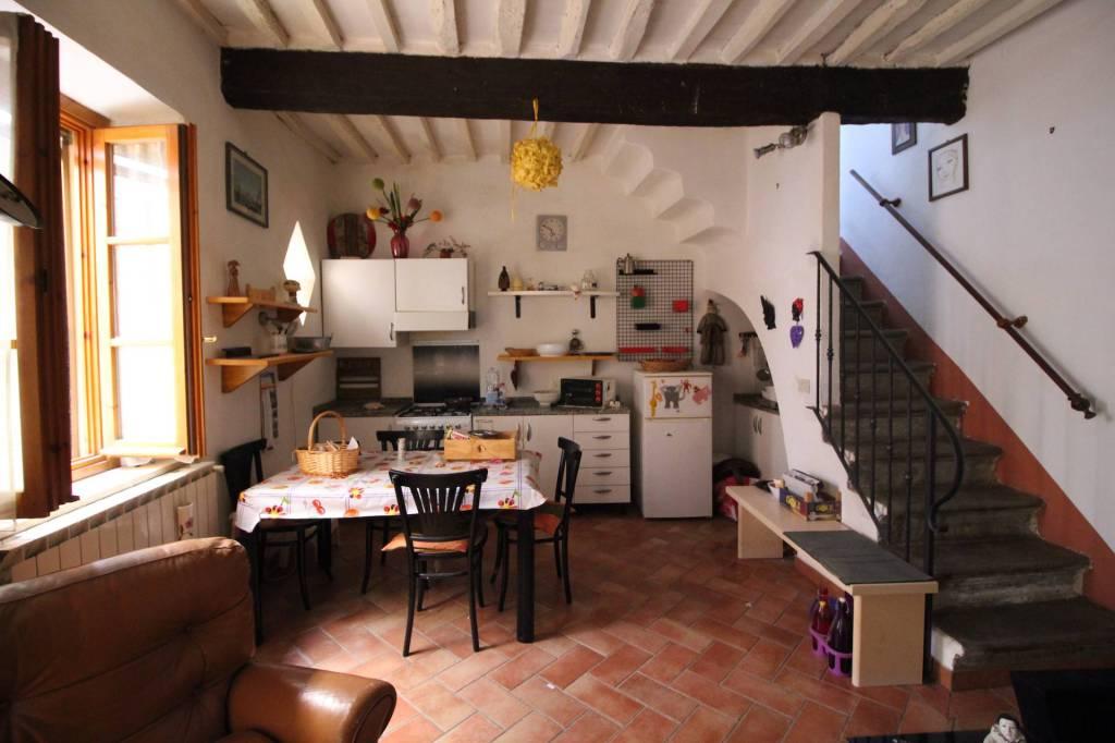 Appartamento in Vendita a Terricciola Centro: 3 locali, 65 mq