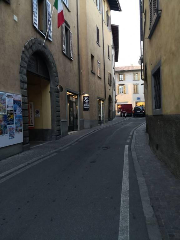 Negozio / Locale in vendita a Alzano Lombardo, 1 locali, prezzo € 29.000 | PortaleAgenzieImmobiliari.it