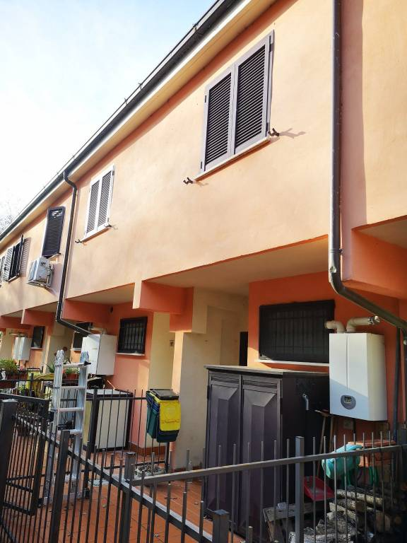Villa a Schiera in vendita a Scandriglia, 3 locali, prezzo € 47.000   CambioCasa.it