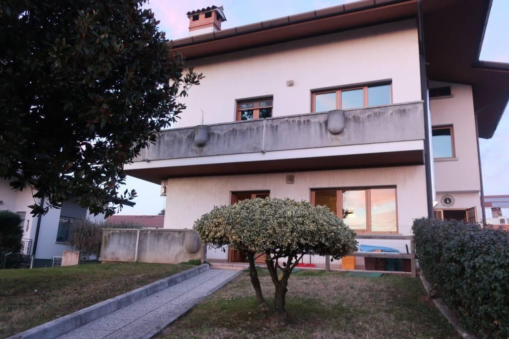Appartamento in vendita a San Daniele del Friuli, 4 locali, prezzo € 122.000 | PortaleAgenzieImmobiliari.it