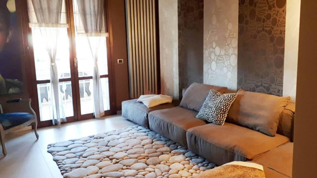 Appartamento in vendita a Cusano Milanino, 3 locali, prezzo € 369.000 | PortaleAgenzieImmobiliari.it
