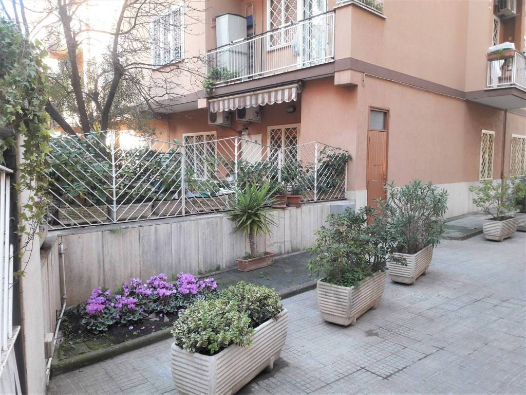 Appartamento in Affitto - via Pietro Campora