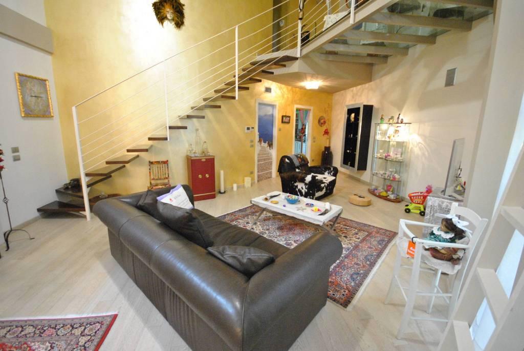 Loft / Openspace in vendita a Bergamo, 4 locali, prezzo € 355.000 | PortaleAgenzieImmobiliari.it