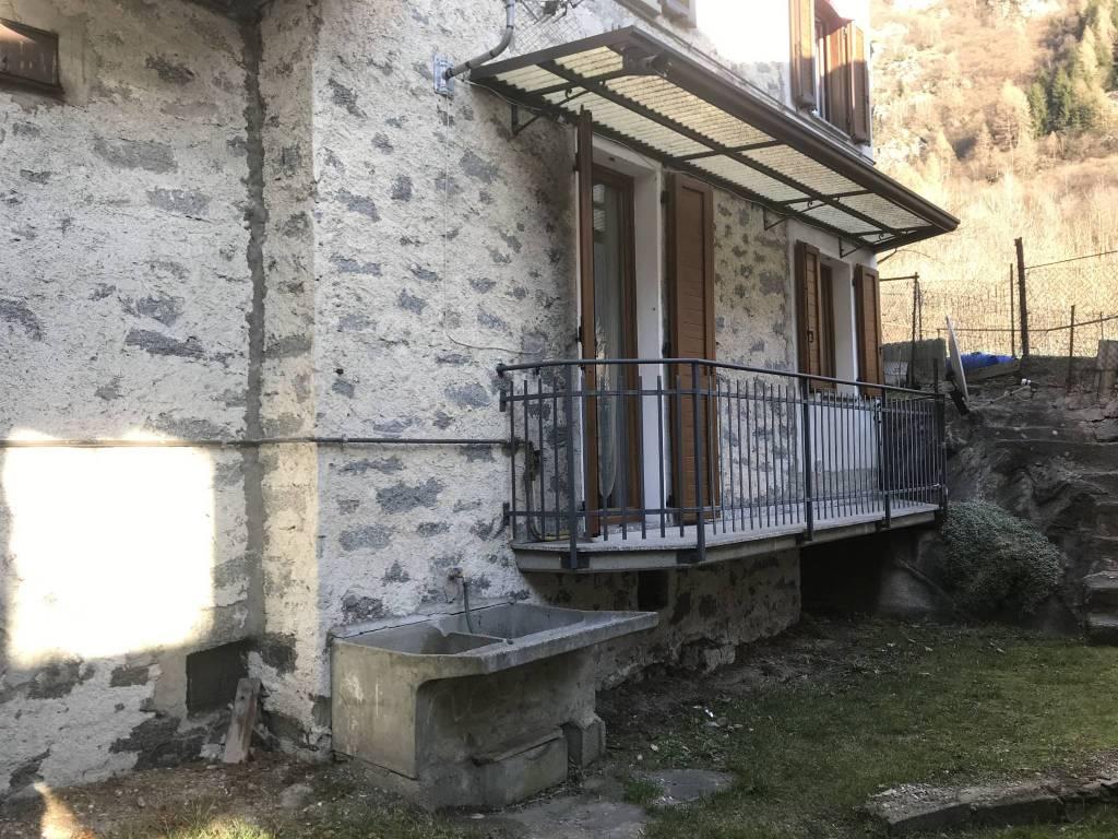 Appartamento in vendita a Val Masino, 3 locali, prezzo € 77.000 | CambioCasa.it