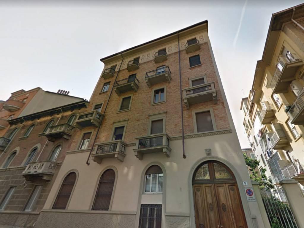 Appartamento in vendita a Torino, 4 locali, zona Santa Rita, prezzo € 120.000 | PortaleAgenzieImmobiliari.it