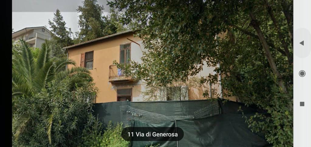 Casa Indipendente in buone condizioni in vendita Rif. 9424419