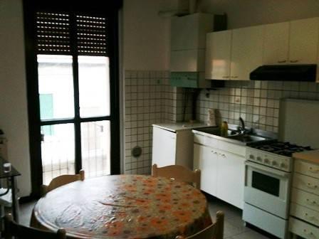 Appartamento in vendita a Gorla Minore, 2 locali, prezzo € 60.000 | CambioCasa.it