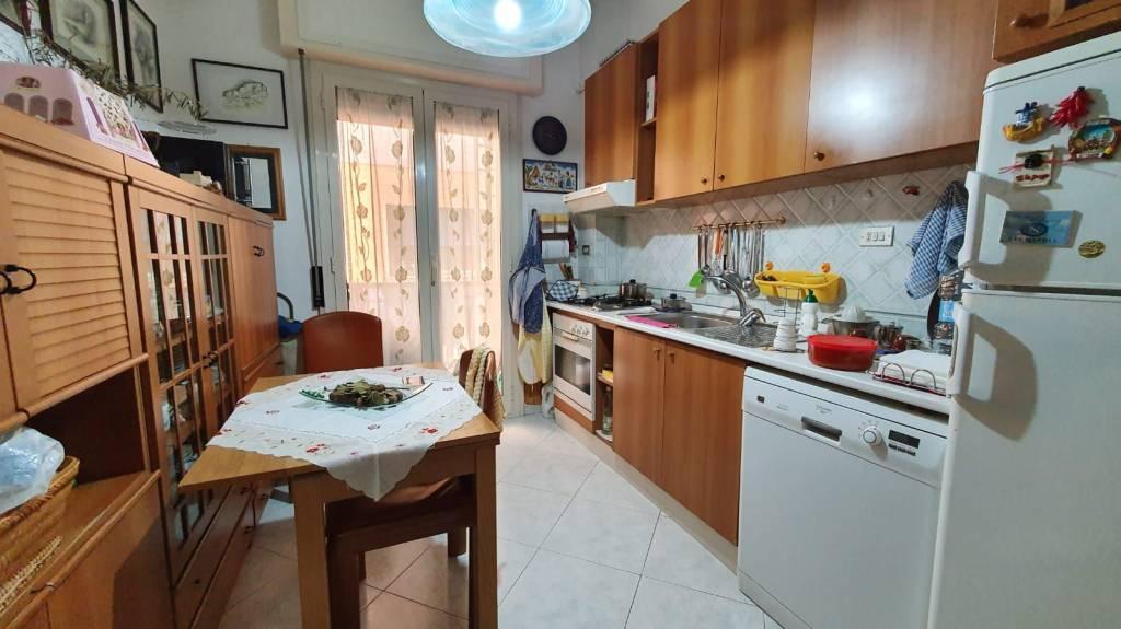 Appartamento in buone condizioni arredato in vendita Rif. 7296700