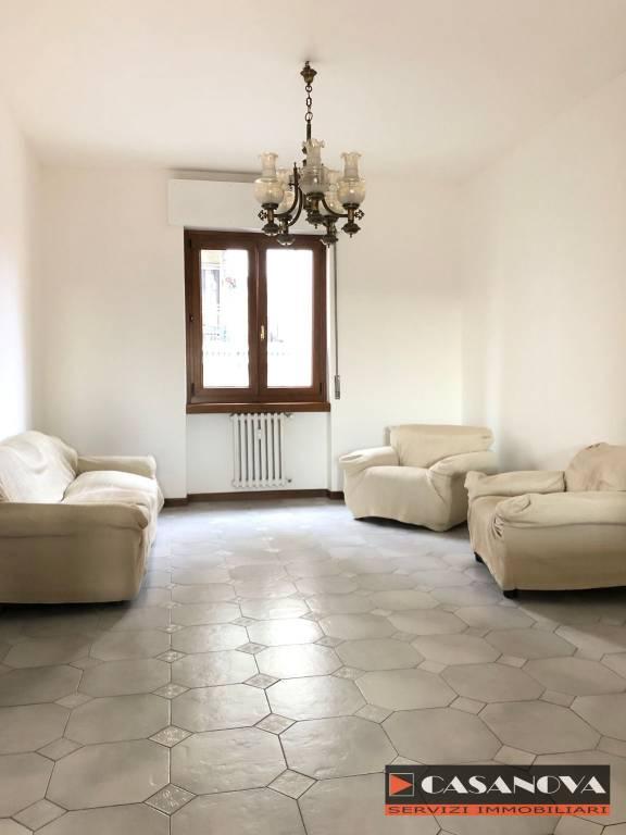 Appartamento in vendita a Olgiate Comasco, 3 locali, prezzo € 98.000 | CambioCasa.it