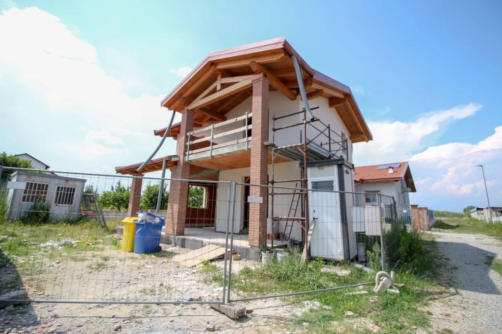 Foto 1 di Villa via Piave, Bosconero