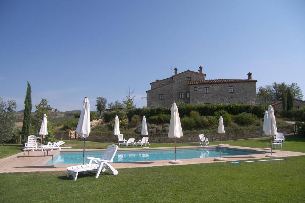 Appartamento in Vendita a Castellina In Chianti: 2 locali, 94 mq