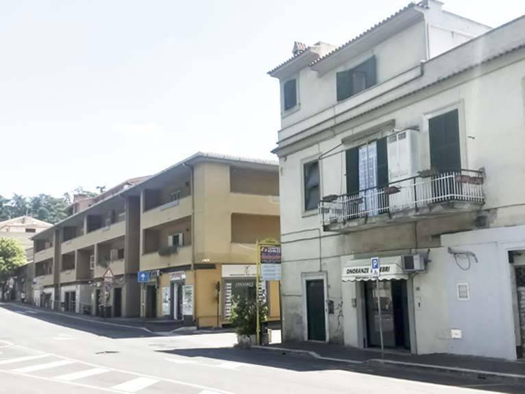 Appartamento in vendita a Ariccia, 3 locali, prezzo € 105.000 | PortaleAgenzieImmobiliari.it