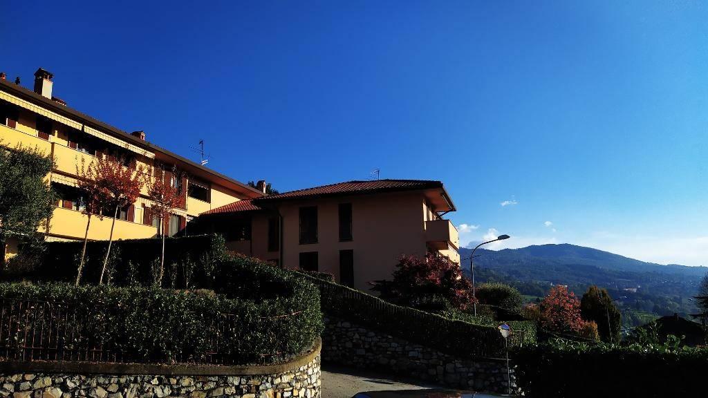 Appartamento in vendita a Galbiate, 3 locali, prezzo € 185.000 | CambioCasa.it