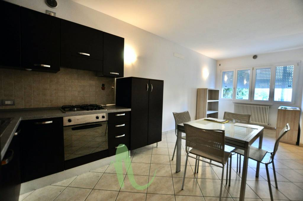 Appartamento in Affitto a Cesenatico Periferia: 3 locali, 100 mq