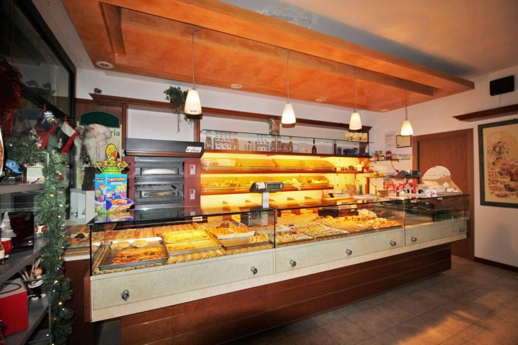 Negozio / Locale in vendita a Parabiago, 2 locali, prezzo € 110.000 | PortaleAgenzieImmobiliari.it