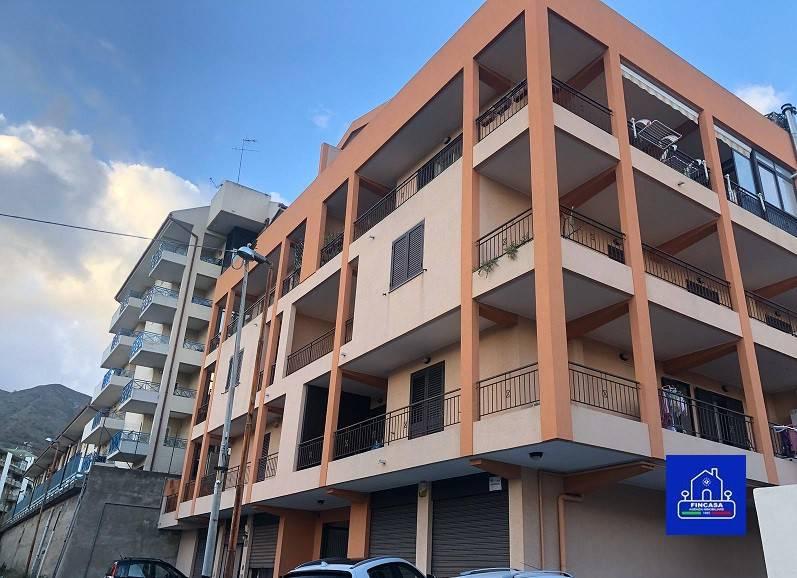 Appartamento in Vendita a Messina Periferia Sud: 4 locali, 145 mq