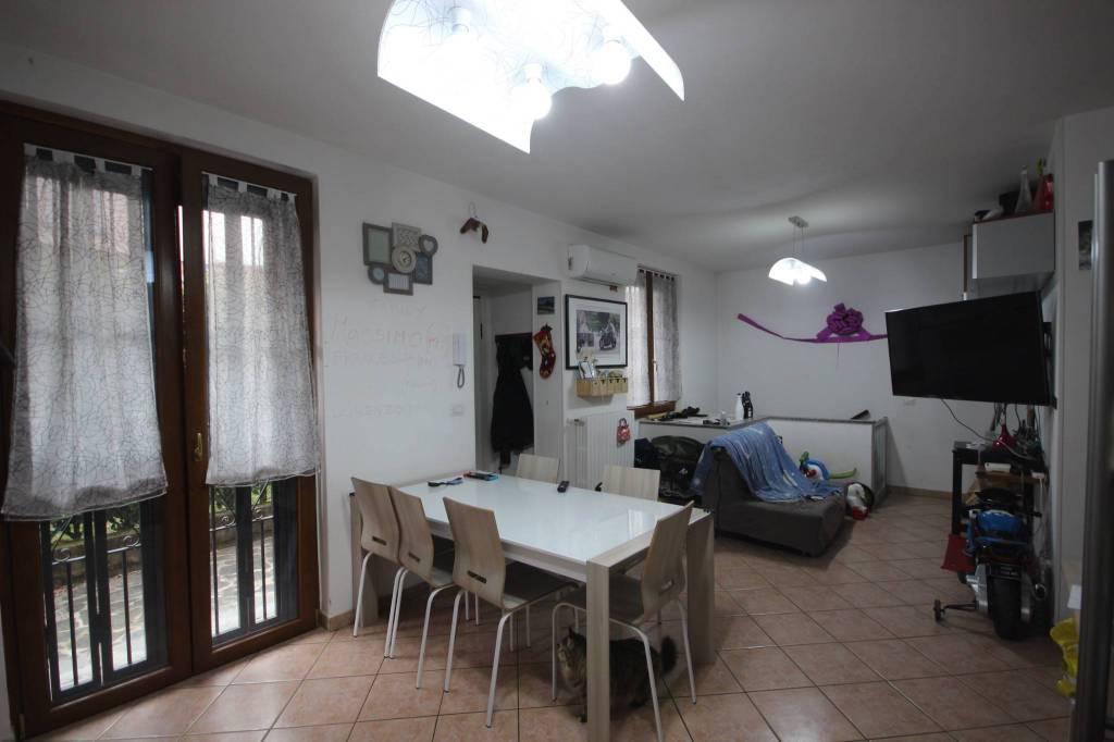 Appartamento in vendita a Brivio, 3 locali, prezzo € 165.000 | PortaleAgenzieImmobiliari.it