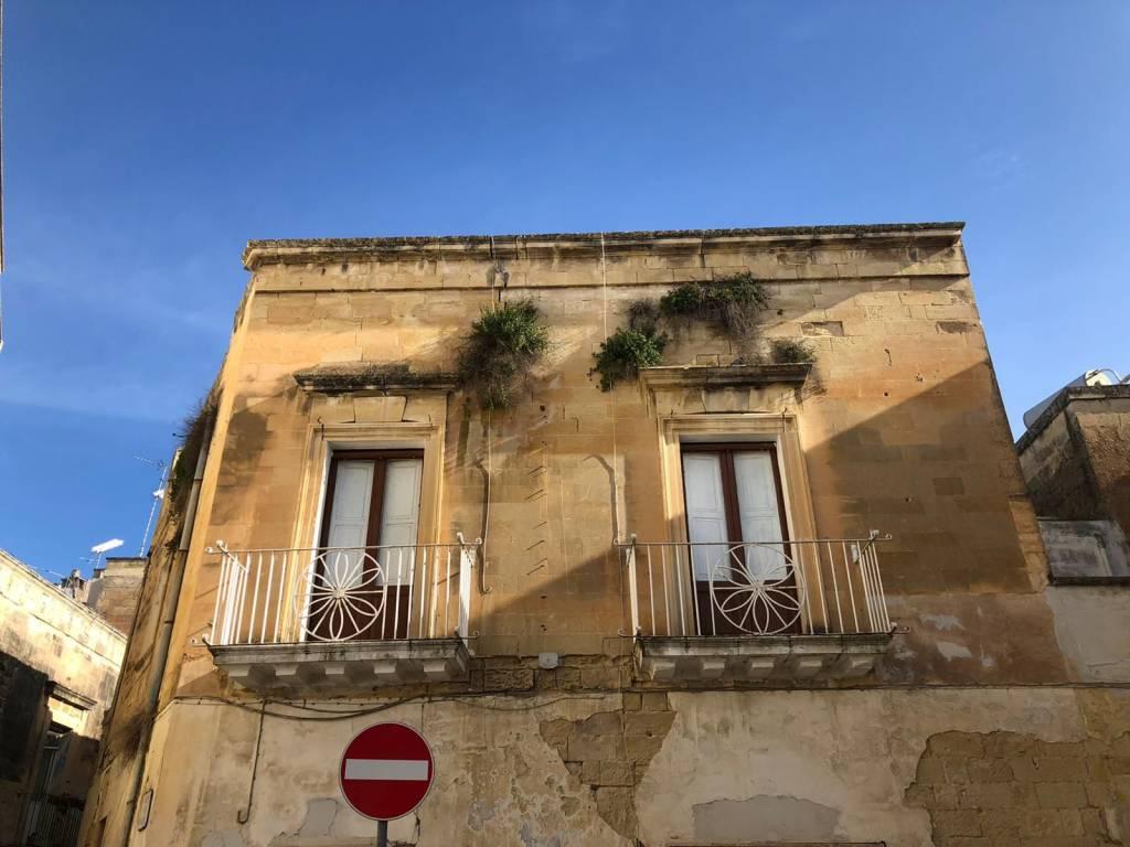 Appartamento in Vendita a Lecce Centro: 4 locali, 120 mq