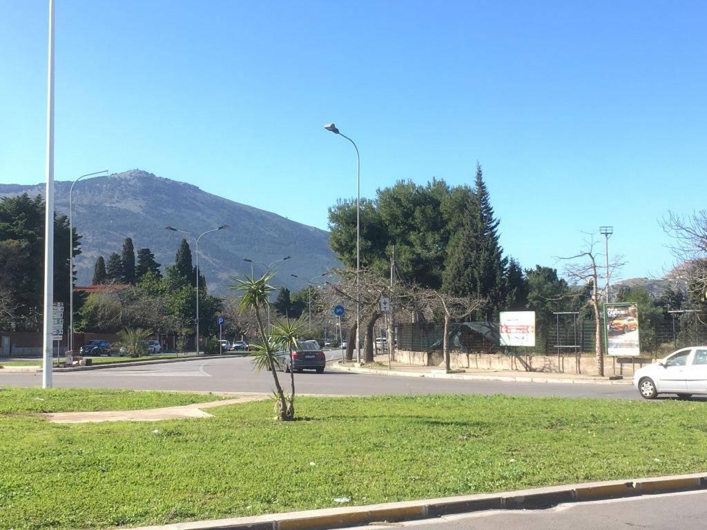 Appartamento in Affitto a Palermo Semicentro: 2 locali, 45 mq