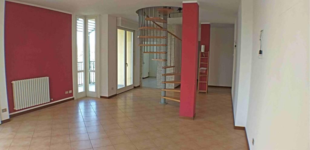 Attico / Mansarda in vendita a Bulgarograsso, 3 locali, prezzo € 115.000 | PortaleAgenzieImmobiliari.it