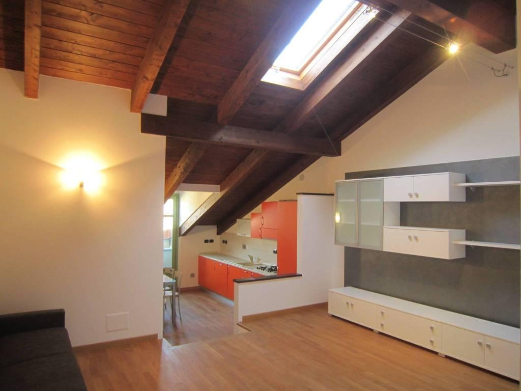 Appartamento in affitto a Cherasco, 2 locali, prezzo € 500 | CambioCasa.it