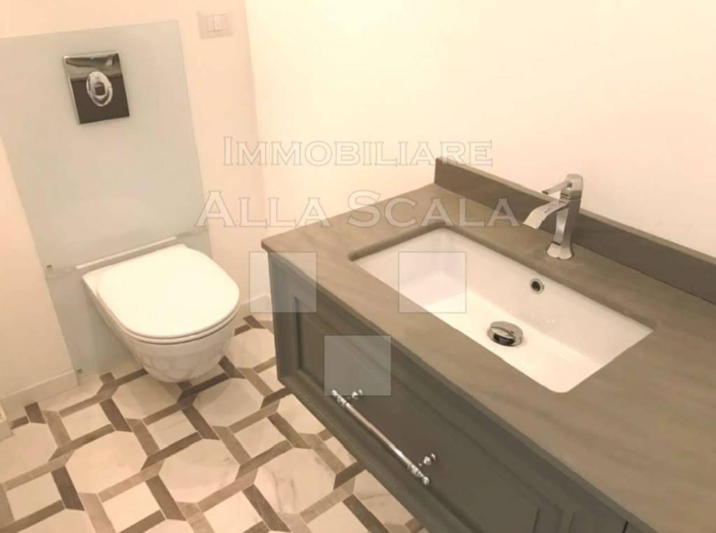 A Milano in Affitto - 4+4 Appartamento
