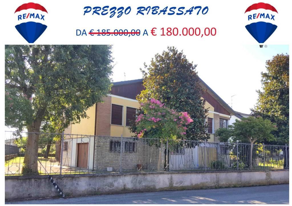 Villa in vendita a Fiesse, 5 locali, prezzo € 185.000 | PortaleAgenzieImmobiliari.it