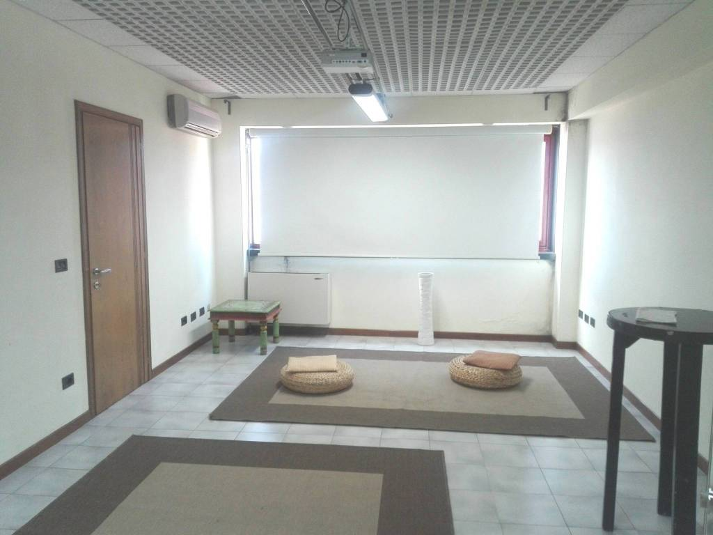 Ufficio / Studio in affitto a Serravalle Pistoiese, 6 locali, prezzo € 1.300 | CambioCasa.it