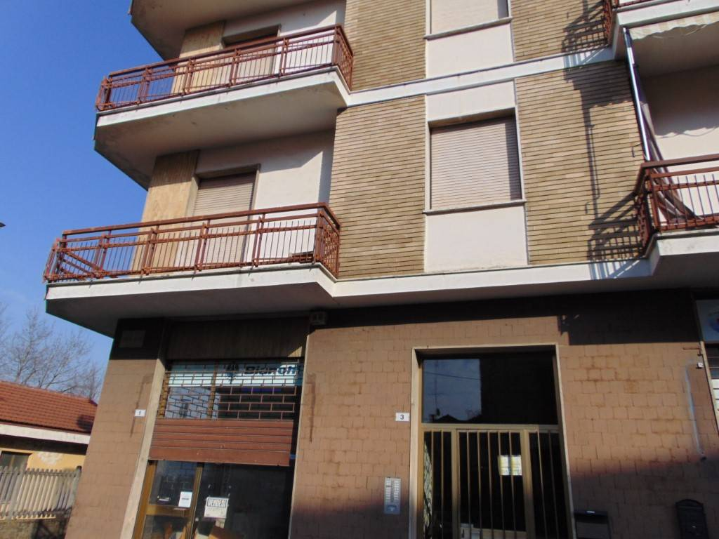 Negozio / Locale in vendita a Nizza Monferrato, 2 locali, prezzo € 35.000 | PortaleAgenzieImmobiliari.it