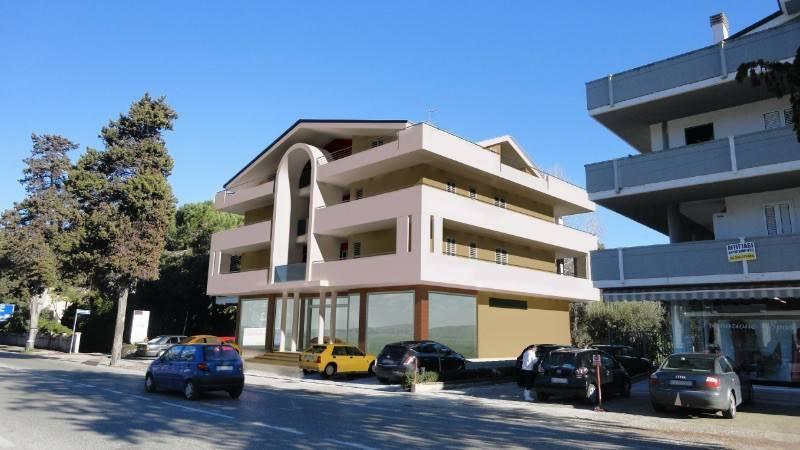 Appartamento in vendita a Tortoreto, 3 locali, prezzo € 147.000 | CambioCasa.it