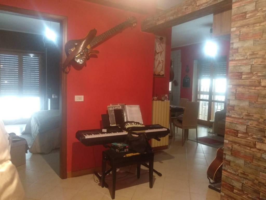 Appartamento in vendita a Capurso, 3 locali, prezzo € 59.500   CambioCasa.it