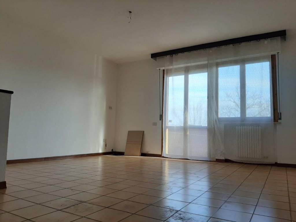 Appartamento in vendita a Ponsacco, 5 locali, prezzo € 149.000 | PortaleAgenzieImmobiliari.it