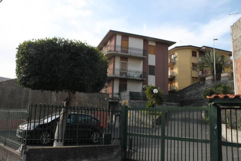 Appartamento in Vendita a Aci Castello Centro:  3 locali, 80 mq  - Foto 1