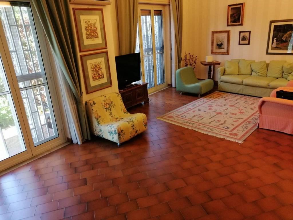 Appartamento in Vendita a San Gregorio Di Catania Centro: 4 locali, 120 mq