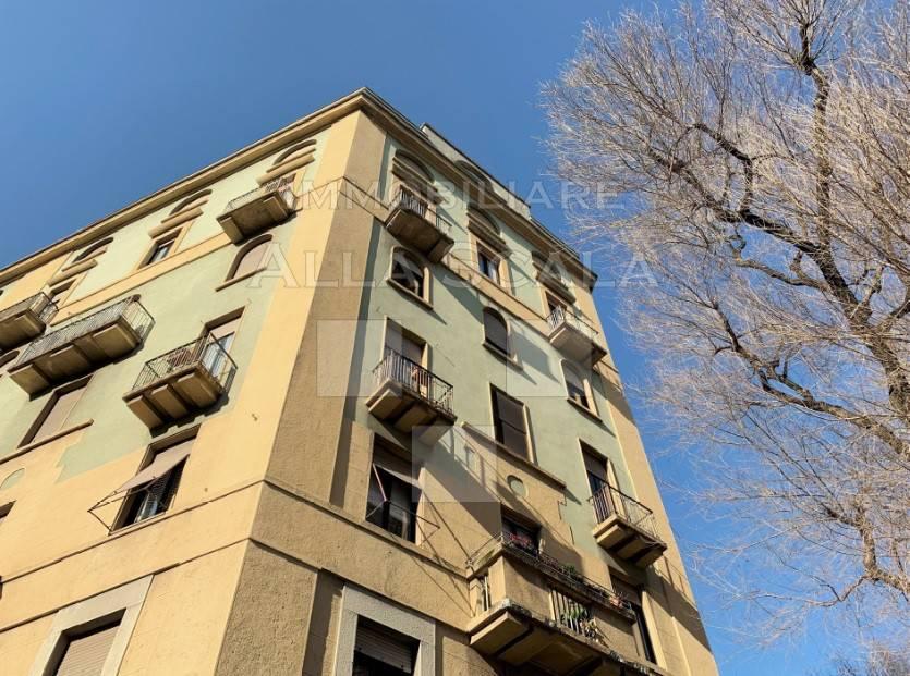 Appartamento in Vendita a Milano 08 Vercelli / Magenta / Cadorna / Washington: 4 locali, 130 mq